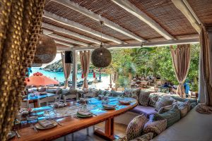 Dining reservations and hotel and villas accommodation